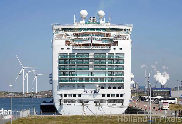 Nederland IJmuiden - 2019. Felison Cruise Terminal. Cruiseschip Ventura.  Foto Berlinda van Dam / Hollandse Hoogte