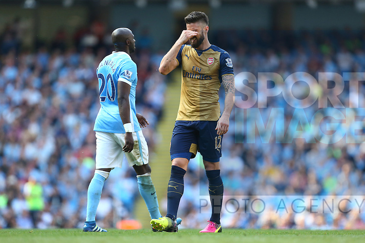 Arsenal's Olivier Giroud dejected during the Barclays Premier League match at the Etihad Stadium. Photo credit should read: Philip Oldham/Sportimage