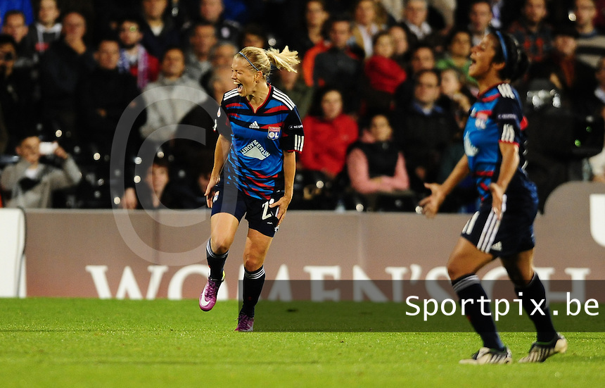 Uefa Women 's Champions League Final 2011 at Craven Cottage Fulham - London : Olympique Lyon - Turbine Potsdam : vreugde bij Lara Dickenmann na het eindsignaal .foto DAVID CATRY / JOKE VUYLSTEKE / Vrouwenteam.be.