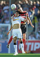 FUSSBALL   1. BUNDESLIGA  SAISON 2011/2012   8. Spieltag   01.10.2011 SC Freiburg - Borussia Moenchengladbach         Igor de Camargo (Vorn, Borussia Moenchengladbach) gegen Pavel Krmas (SC Freiburg)