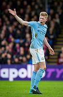 Kevin De Bruyne of Manchester City shows his frustration at teammates during the Premier League match between Crystal Palace and Manchester City at Selhurst Park, London, England on 31 December 2017. Photo by Andy Rowland.