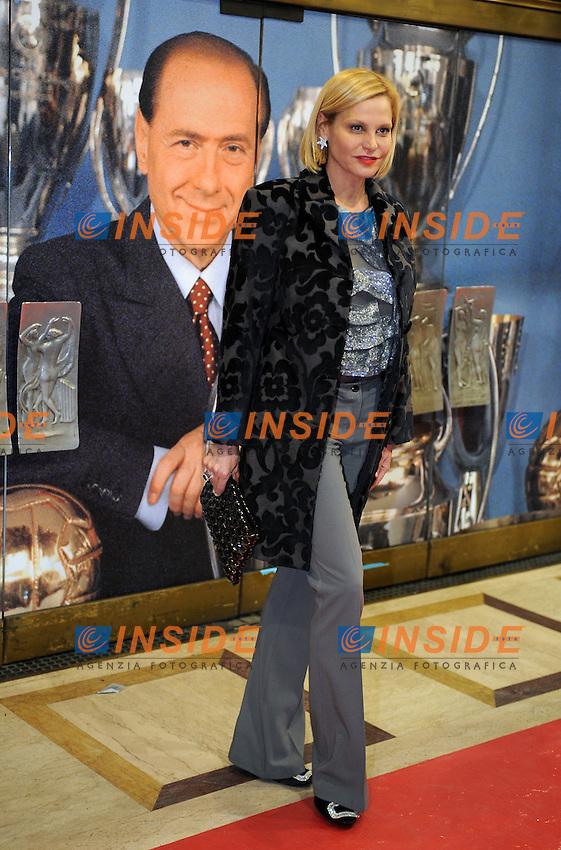 Simona VENTURA<br /> Milano, 13/03/2011 Teatro Manzoni<br /> 25&deg; anniversario di presidenza Berlusconi al Milan<br /> Campionato Italiano Serie A 2010/2011<br /> Foto Nicolo' Zangirolami Insidefoto