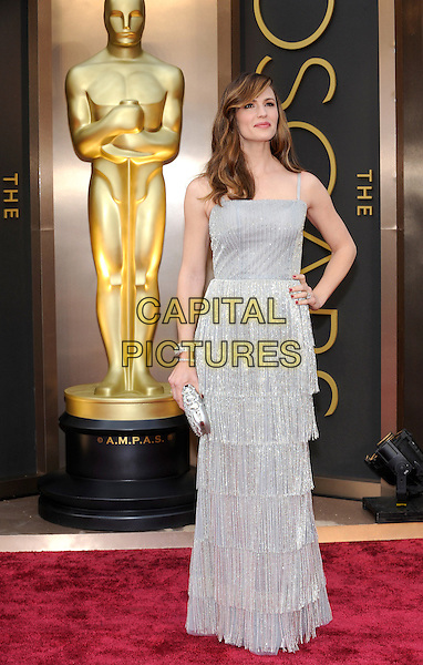 HOLLYWOOD, CA - MARCH 2: Jennifer Garner arriving to the 2014 Oscars at the Hollywood and Highland Center in Hollywood, California. March 2, 2014. <br /> CAP/MPI/MPI99<br /> &copy;MPI99/MPI/Capital Pictures