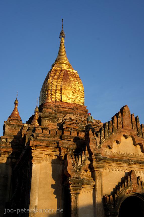 Sin Myer Shin temple , Bagan archeological site, Myanmar, 2011