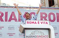 Il candidato sindaco di Roma per il centrosinistra Ignazio Marino chiude la campagna elettorale per il ballottaggio del 9 e 10 giugno, a Roma, 7 giugno 2013.<br /> Italian center-left candidate Rome mayor Ignazio Marino attends an electoral campaign closing rally ahead of the ballot vote scheduled on 9 and 10 June, in Rome, 7 June 2013.<br /> UPDATE IMAGES PRESS/Isabella Bonotto