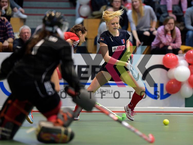 GER - Luebeck, Germany, February 06: During the 1. Bundesliga Damen indoor hockey semi final match at the Final 4 between Berliner HC (blue) and Duesseldorfer HC (red) on February 6, 2016 at Hansehalle Luebeck in Luebeck, Germany. Final score 1-3 (HT 0-1). <br /> <br /> Foto &copy; PIX-Sportfotos *** Foto ist honorarpflichtig! *** Auf Anfrage in hoeherer Qualitaet/Aufloesung. Belegexemplar erbeten. Veroeffentlichung ausschliesslich fuer journalistisch-publizistische Zwecke. For editorial use only.