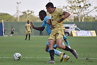 MONTERIA - COLOMBIA, 07-04-2019: Pablo Rojas de Jaguares disputa el balón con Daniel Muñoz de Rionegro durante partido por la fecha 14 de la Liga Águila I 2019 entre Jaguares de Córdoba F.C. y Rionegro Águilas jugado en el estadio Jaraguay de la ciudad de Montería. / Pablo Rojas of Jaguares struggles the ball with Daniel Muñoz of Rionegro during match for the date 14 as part Aguila League I 2019 between Jaguares de Cordoba F.C. and Rionegro Aguilas played at Jaraguay stadium in Monteria city. Photo: VizzorImage / Andres Felipe Lopez / Cont