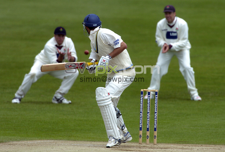 Picture by Chris Whiteoak/SWPIX.COM, County Championship Division 1, Yorkshire v Lancashire, Day 4, 19/05/06..Copyright>>Simon Wilkinson>>07811267706..Yorkshire's Jason Gillespie is caught by Lancashire's Tom Smith off the bowling of Glen Chapple