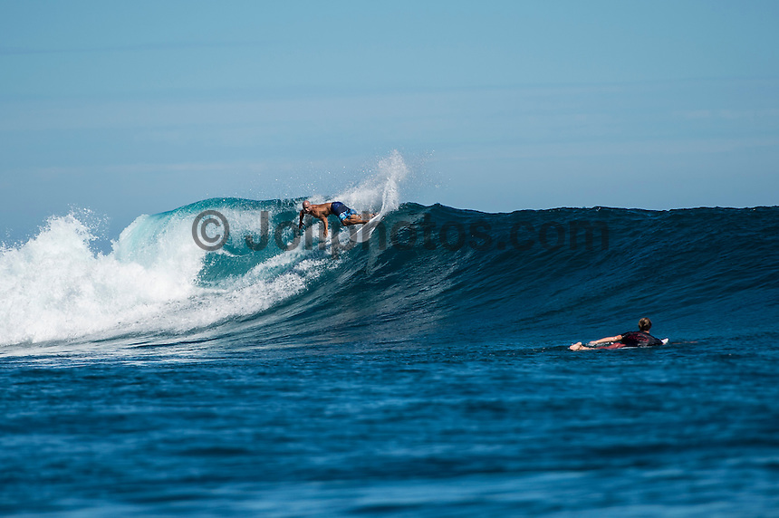 Namotu Island, Fiji ((Sunday, June 7, 2015) Kelly Slater (USA) - A lay day was called in the Fiji Pro, stop No. 5 on the 2015 WSL Championship Tour, this morning with inconsistent and declining surf on offer at Cloudbreak. There is a projected increase in size and quality for the coming days so there was no rush to start the event. The lay day gave the Top 34 a good chance to practice in the 3'-4' surf.<br />  Photo: joliphotos.com