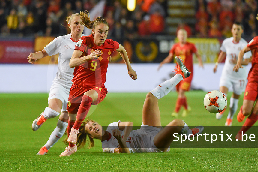 20181005 - LEUVEN , BELGIUM : Belgian Tessa Wullaert (9)  pictured during the female soccer game between the Belgian Red Flames and Switzerland , the first leg in the semi finals play offs for qualification for the World Championship in France 2019, Friday 5 th october 2018 at OHL Stadion Den Dreef in Leuven , Belgium. PHOTO SPORTPIX.BE | DIRK VUYLSTEKE