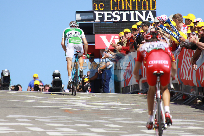 Nicolas Roche approaches the finish line in the penultimate stage to the Mont Ventoux in the 2009 Tour de France, 25th July 2009 (Photo by Manus OReilly/NEWSFILE)