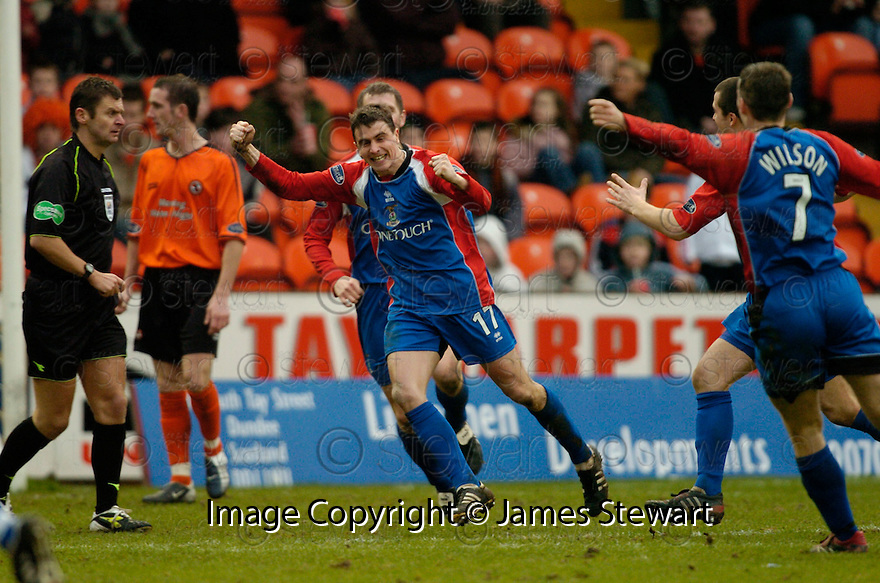 18/02/2006         Copyright Pic: James Stewart.File Name : sct_jspa14_dundee_utd_v_inverness.CRAIG DARGO CELEBRATES AFTER HE SCORES THE THIRD FOR INVERNESS....Payments to :.James Stewart Photo Agency 19 Carronlea Drive, Falkirk. FK2 8DN      Vat Reg No. 607 6932 25.Office     : +44 (0)1324 570906     .Mobile   : +44 (0)7721 416997.Fax         : +44 (0)1324 570906.E-mail  :  jim@jspa.co.uk.If you require further information then contact Jim Stewart on any of the numbers above.........