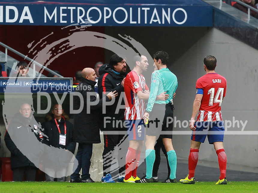 Atletico Madrid's Argentinian 2nd coach German &quot;El Mono&quot; Burgos argues with referee<br /> Atletico de Madrid vs Getafe Spanish League football match, La Liga Santander, at Wanda Metropolitano stadium in Madrid on January 6, 2017