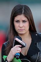 Carolina Padrón, conductora de ESPN durante la serie del Caribe, 3 de febrero  2013..©( Photo: Luis GutierrezNortePhoto)