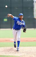 Julio De La Cruz / AZL Royals..Photo by:  Bill Mitchell/Four Seam Images