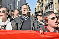 Palermo,Leoluca Orlando during demonstration of women against Berlusconi and in defense of female dignity.<br /> Palermo, manifestazione del 13 febbraio in difesa della dignita' delle donne e a favore delle dimissioni di Silvio Berlusconi, Leoluca Orlando durante la manifestazione.