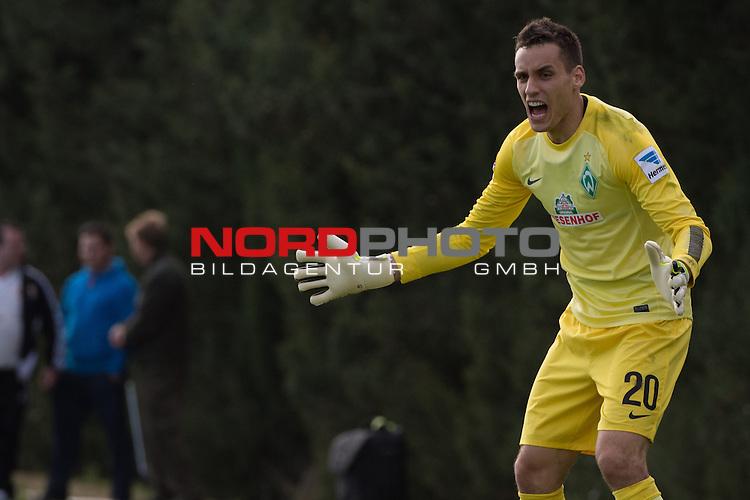 Trainingsgel&auml;nde, Jerez, ESP, 1.FBL, FSP  Werder Bremen (GER)  vs NEC Nijmegen (NED),  12.01.2014, <br /> <br /> Raphael Wolf (Bremen #20)<br /> <br /> Foto &copy; nordphoto/ Kokenge