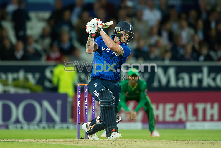 Picture by Allan McKenzie/AMGP.co.uk - 01/09/2016 - Cricket - Royal London One Day International - England v Pakistan - Yorkshire Cricket Club, Headingley Cricket Ground, Leeds, England<br /> - England's Ben Stokes hits out on his way to 69.