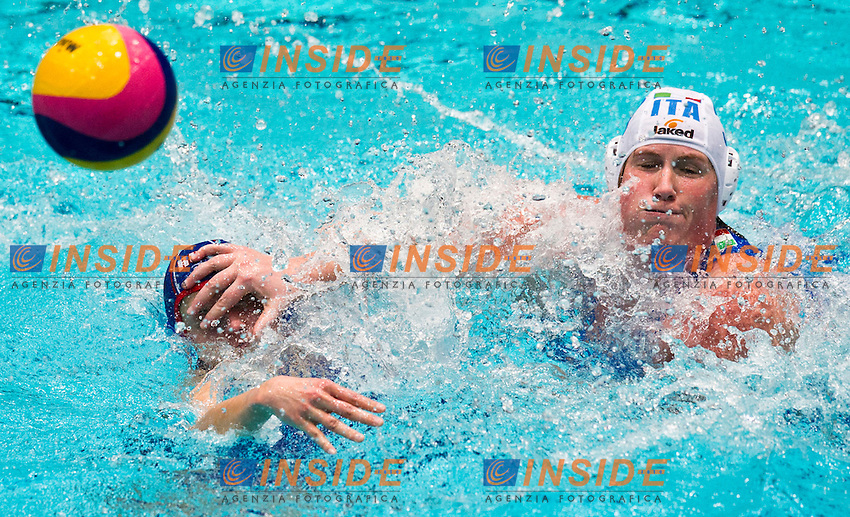 Eindhoven , Netherlands (Netherlands) 16 - 29 January 2012.LEN European  Water Polo Championships 2012.Day 11 - Women.ITA (White) - RUS (Blue)..ITA.3 CASANOVA Elisa.RUS.8 KHOKHRIAKOVA Evgeniia..Photo Insidefoto / Giorgio Scala