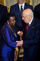 Cecile Kyenge, ministro Integrazione saluta Giorgio Napolitano  al termine della cerimonia del giuramento del nuovo Governo Letta nel Salone delle Feste del Quirinale.