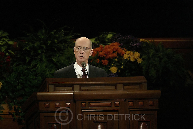Salt Lake City, Utah --10/1/2005--..Elder Henry B. Eyring delivers his speech during the LDS Church General Conference held at the Conference Center. ...Chris Detrick/The Salt Lake Tribune.File #816G0376