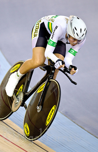 19 FEB 2012 - LONDON, GBR - Australia's Annette Edmondson (AUS) gives chase during the Individual Pursuit round of the Women's Omnium at the UCI Track Cycling World Cup, and London Prepares test event for the 2012 Olympic Games, in the Olympic Park Velodrome in Stratford, London, Great Britain .(PHOTO (C) 2012 NIGEL FARROW)
