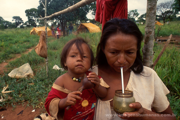 índio guarani desaldeado e abrigado em limão verde