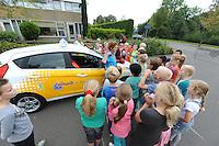 ALGEMEEN: JOURE: 11-09- 2014 ANWB Verkeerseducatie 'Streetwise', Westermarskoalle groep 6, Remwegproef, ©foto Martin de Jong