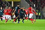 04.11.2018, Opel-Arena, Mainz, GER, 1 FBL, 1. FSV Mainz 05 vs SV Werder Bremen, <br /> <br /> DFL REGULATIONS PROHIBIT ANY USE OF PHOTOGRAPHS AS IMAGE SEQUENCES AND/OR QUASI-VIDEO.<br /> <br /> im Bild: Johannes Eggestein (SV Werder Bremen #24) und Claudio Pizarro (SV Werder Bremen #4) gegen Danny Latza (#6, FSV Mainz) und Moussa Niakhate (FSV Mainz #19)<br /> <br /> Foto © nordphoto / Fabisch