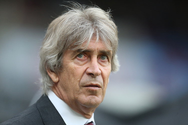 West Ham United manager Manuel Pellegrini <br /> <br /> Photographer Rob Newell/CameraSport<br /> <br /> The Premier League - West Ham United v Arsenal - Saturday 12th January 2019 - London Stadium - London<br /> <br /> World Copyright © 2019 CameraSport. All rights reserved. 43 Linden Ave. Countesthorpe. Leicester. England. LE8 5PG - Tel: +44 (0) 116 277 4147 - admin@camerasport.com - www.camerasport.com