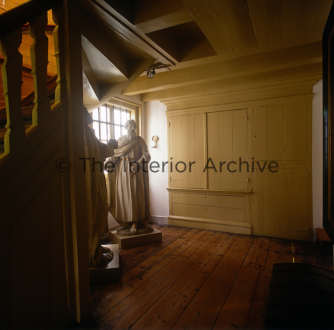 The interior of the OLITA (Our Lord In The Attic) museum. The attic of this bourgeois house conceals a secret Catholic church, known as Ons' Lieve Heer op Solder (Our Dear Lord in the Attic), originally built in 1663, when Catholics lost their right to workship in their own way. The lower floors of the building became a museum in 1888 and today contain refurbished rooms, as well as a collection of church silver, various religious artifacts and paintings.