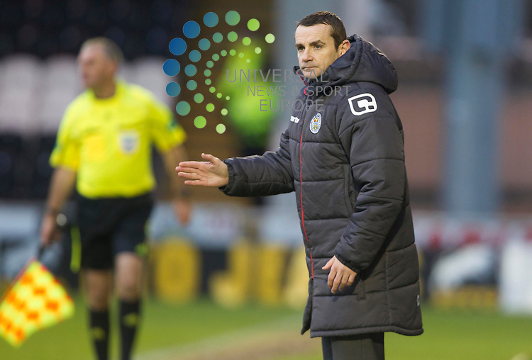 St Mirren Manager, Danny Lennon during the St Mirren v Ross County William Hill Scottish Cup round Five..Picture: Maurice McDonald/Universal News And Sport (Scotland). 4 February 2012. www.unpixs.com.
