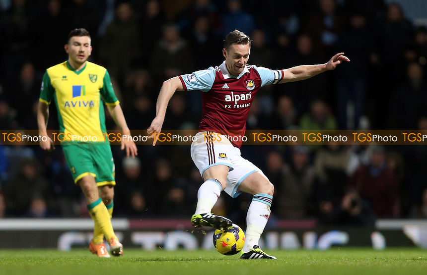 Kevin Nolan of West Ham - West Ham United vs Norwich City, Barclays Premier League at Upton Park, West Ham - 11/02/14 - MANDATORY CREDIT: Rob Newell/TGSPHOTO - Self billing applies where appropriate - 0845 094 6026 - contact@tgsphoto.co.uk - NO UNPAID USE