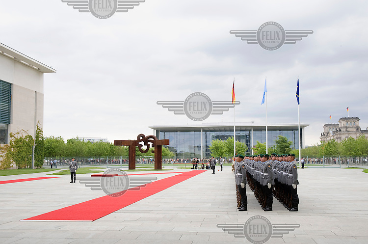 A military line-up for a state visit at the Chancellery in Berlin.