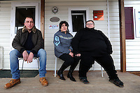 Terremoto del L'Aquila un' anno dopo. Earthquake L'Aquila one year after.Miranda Perilli insieme a suo fratello e sua sorella davanti la casa donata dalla FAI CISL.Miranda Perilli with her brother and sister in front of the house of FAI CISL...