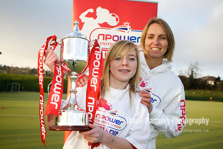 Pix: Shaun Flannery/shaunflanneryphotography.com...COPYRIGHT PICTURE>>SHAUN FLANNERY>01302-570814>>07778315553>>..31st January 2011............The npower Football League Girls Cup - King Ecgbert School, Sheffield..England ladies football team captain, Faye White, visits the U13's girl's football team training session. The team have progressed through to the Regional Final's and will represent Sheffield United in the competition..Faye White pictured with cptain Daisy Hope.