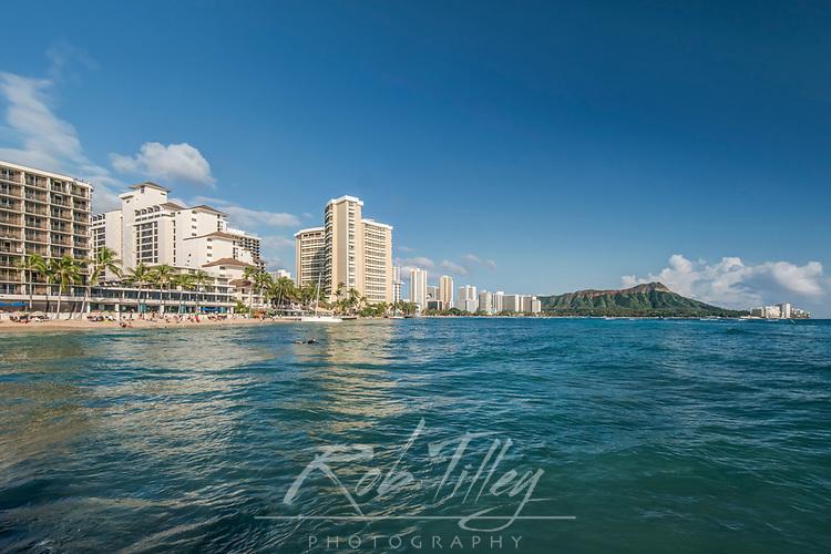 USA, HI, Honolulu, Waikiki & Diamond Head