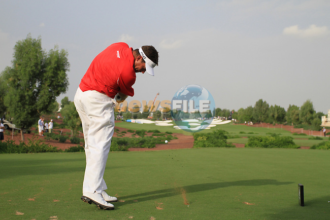 Lee Westwood tees off on the 15th tee during the Final Day of the Dubai World Championship Golf in Jumeirah, Earth Course, Golf Estates, Dubai  UAE, 22nd November 2009 (Photo by Eoin Clarke/GOLFFILE)