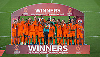 Holland celebrate winning the 2018 Euro U17 Cup during the UEFA Under-17 Championship FINAL match between Italy and Netherlands at the New York Stadium, Rotherham, England on 20 May 2018. Photo by Andy Rowland.
