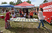 NWA Democrat-Gazette/BEN GOFF @NWABENGOFF<br /> Tailgating before the Arkansas football game on Saturday Sept. 19, 2015 against Texas Tech in Fayetteville.
