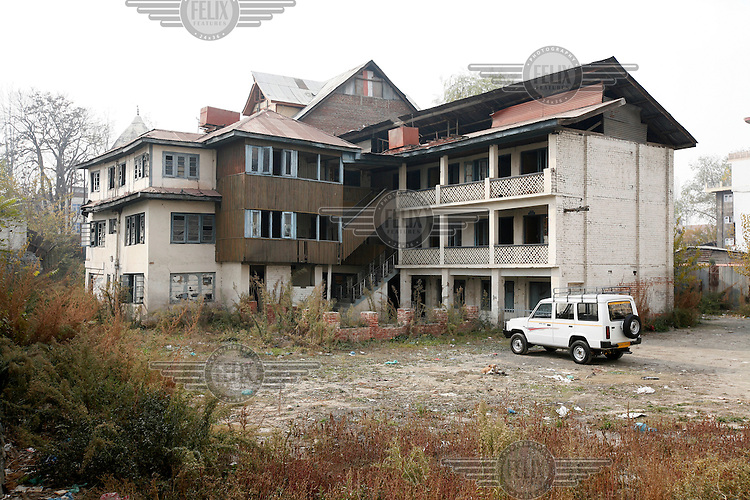 The original Mamta Hotel,sitting next to the New Mamta Hotel, was used as an interrogation center by Indian security forces for several years. Srinagar,Kashmir, India. © Fredrik Naumann/Felix Features