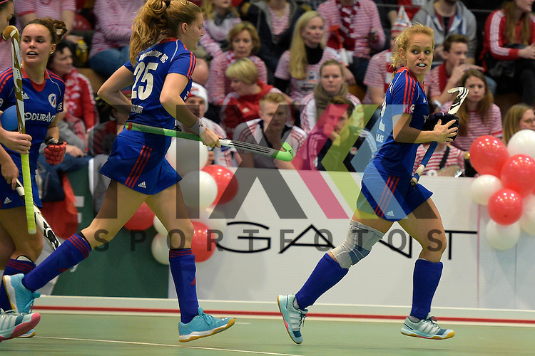 GER - Luebeck, Germany, February 06: During the 1. Bundesliga Damen indoor hockey semi final match at the Final 4 between Rot-Weiss Koeln (white) and Mannheimer HC (blue) on February 6, 2016 at Hansehalle Luebeck in Luebeck, Germany. Final score 1-2 (HT 0-2).   Lydia Haase #12 of Mannheimer HC<br /> <br /> Foto &copy; PIX-Sportfotos *** Foto ist honorarpflichtig! *** Auf Anfrage in hoeherer Qualitaet/Aufloesung. Belegexemplar erbeten. Veroeffentlichung ausschliesslich fuer journalistisch-publizistische Zwecke. For editorial use only.