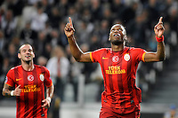 Galatasaray's forward Didier Drogba celebrates with his teammate Wesley Sneijder after scoring his 0-1 goal <br /> Torino 02-10-2013 Juventus Stadium<br /> UEFA Champions League 2013/2014<br /> Football Calcio Juventus vs Galatasaray<br /> Foto Insidefoto Giorgio Perottino