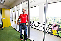 Dave McClure pictures: executive portrait photography of Dave McClure of 500 Startups, by San Francisco corporate photographer Eric Millette