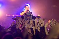 Die Hip-Hop-Gruppe Antilopen Gang aus Duesseldorf, Koeln und Berlin spielte am Samstag den 14. Maerz 2015 im ausverkauften Berliner Club SO36.<br /> Die Band besteht aus den Rappern Koljah Kolerikah, Panik Panzer und Danger Dan (im Bild) und steht beim Toten Hosen-Label JKP unter Vertrag.<br /> 14.3.2015, Berlin<br /> Copyright: Christian-Ditsch.de<br /> [Inhaltsveraendernde Manipulation des Fotos nur nach ausdruecklicher Genehmigung des Fotografen. Vereinbarungen ueber Abtretung von Persoenlichkeitsrechten/Model Release der abgebildeten Person/Personen liegen nicht vor. NO MODEL RELEASE! Nur fuer Redaktionelle Zwecke. Don't publish without copyright Christian-Ditsch.de, Veroeffentlichung nur mit Fotografennennung, sowie gegen Honorar, MwSt. und Beleg. Konto: I N G - D i B a, IBAN DE58500105175400192269, BIC INGDDEFFXXX, Kontakt: post@christian-ditsch.de<br /> Bei der Bearbeitung der Dateiinformationen darf die Urheberkennzeichnung in den EXIF- und  IPTC-Daten nicht entfernt werden, diese sind in digitalen Medien nach &sect;95c UrhG rechtlich geschuetzt. Der Urhebervermerk wird gemaess &sect;13 UrhG verlangt.]