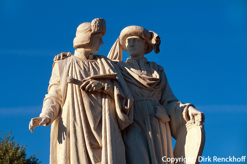 Belgien, Flandern, Denkmal der Brüder van Eyck in Maaseik in der Provinz Limburg