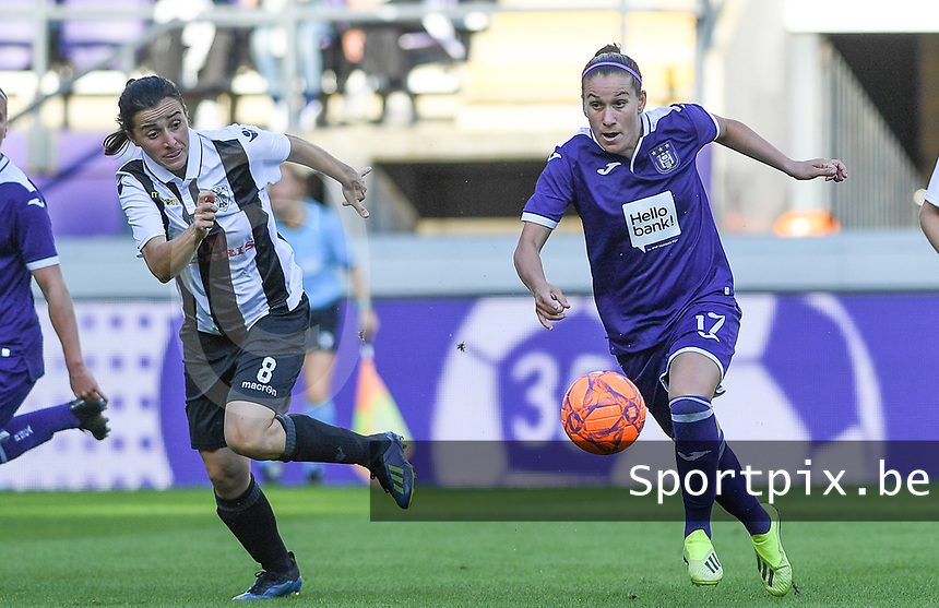 20190807 - ANDERLECHT, BELGIUM : Anderlecht's Laura Roxana Rus pictured in a fight for the ball with PAOK's Natalia Chatzigiannidou  (left) during the female soccer game between the Belgian RSCA Ladies – Royal Sporting Club Anderlecht Dames  and the Greek FC PAOK Thessaloniki ladies , the first game for both teams in the Uefa Womens Champions League Qualifying round in group 8 , Wednesday 7 th August 2019 at the Lotto Park Stadium in Anderlecht  , Belgium  .  PHOTO SPORTPIX.BE   DAVID CATRY