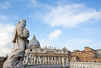 Una veduta di Piazza San Pietro durante la messa di Papa Francesco in occasione della conclusione del Giubileo della Misericordia, Citta' del Vaticano, 20 novembre 2016.<br /> A view of St. Peter's Square during the Pope Francis' Mass on the occasion of the conclusion of the Jubilee of Mercy, at the Vatican, 20 November 2016.<br /> UPDATE IMAGES PRESS/Riccardo De Luca<br /> <br /> STRICTLY ONLY FOR EDITORIAL USE