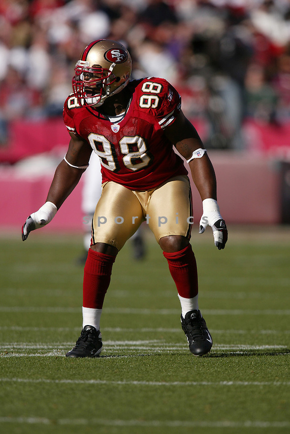 PARYS HARALSON, of the San Francisco 49ers  in action during the 49ers game against the Minnesota Vikings on December 9, 2007 in San Francisco, California...VIKINGS win 27-7..SportPics