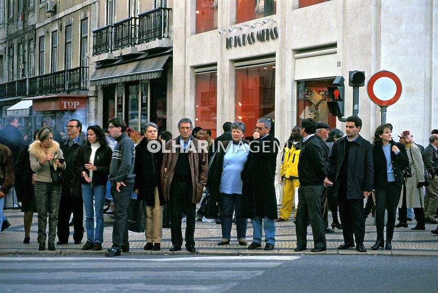 População na rua. Lisboa. Portugal. 1999. Foto de Juca Martins.